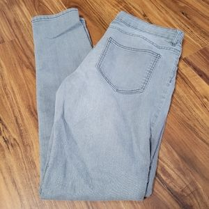 H&M Mid Rise Skinny Jeans in Dove Gray